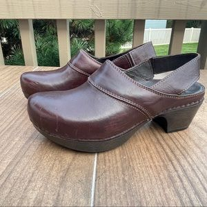 DANSKO Brown Leather Clogs With Back Strap Size 37 EUR, 7 US